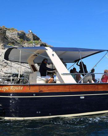 Luxury Boat Chartering by Jeranto 900 Open