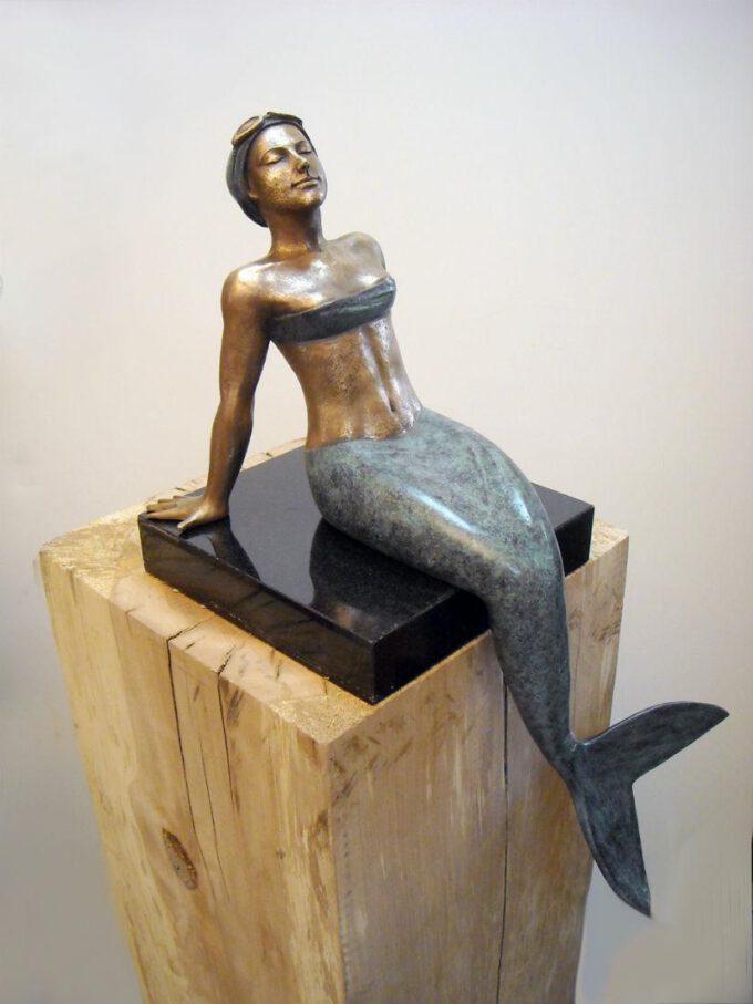 Sirena by Ignacio Gana