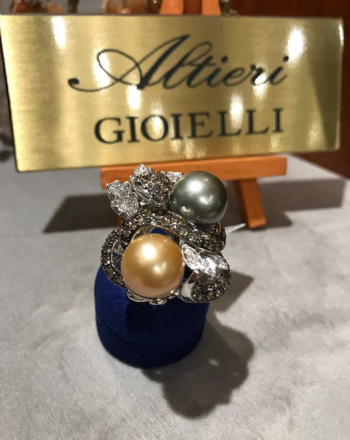 White Gold Ring With Pearls by Trademark Altieri 1930