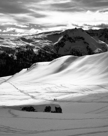 MOUNTAIN SILENCE 110cmx110cm